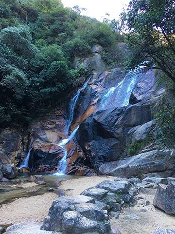 妹背の滝・雄滝