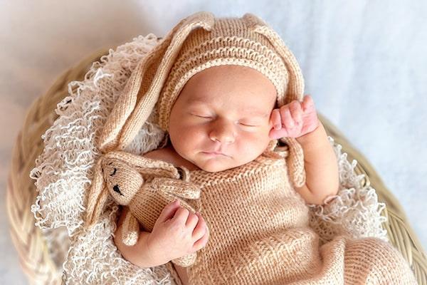 生まれたての赤ちゃん