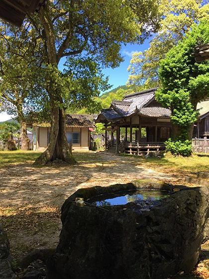 広瀬神社の手水