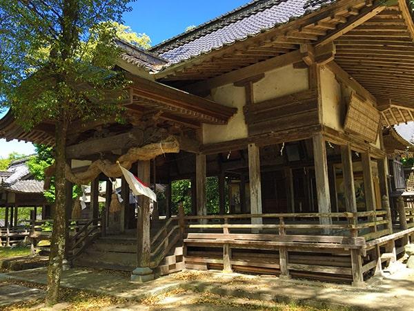 広瀬神社拝殿