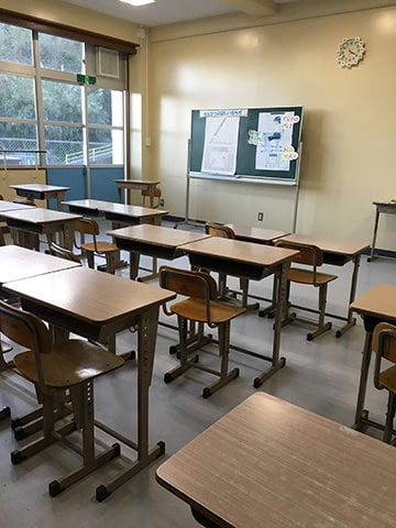 むろと廃校水族館の教室