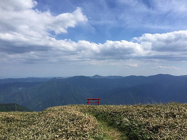 中津明神山神様の視点