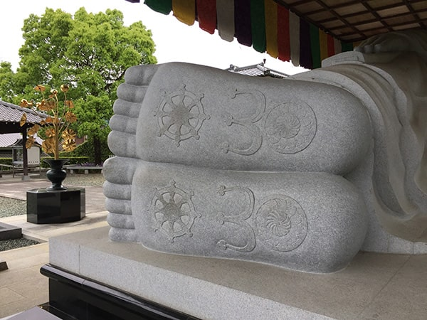 高昌寺の涅槃像