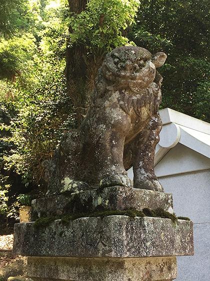 石鎚神社の狛犬さん