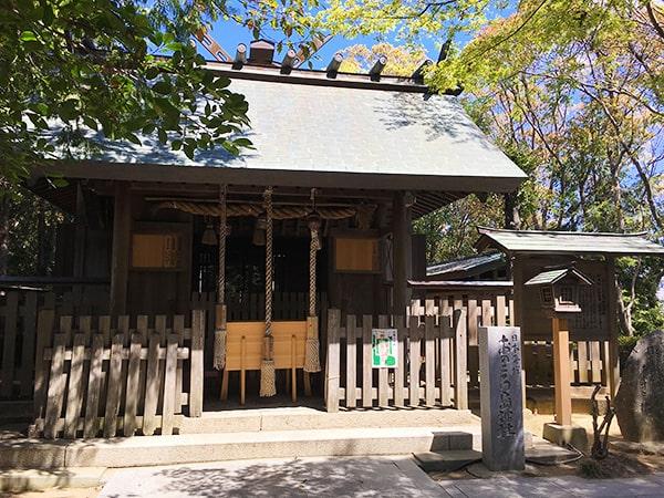 おのころ島神社拝殿